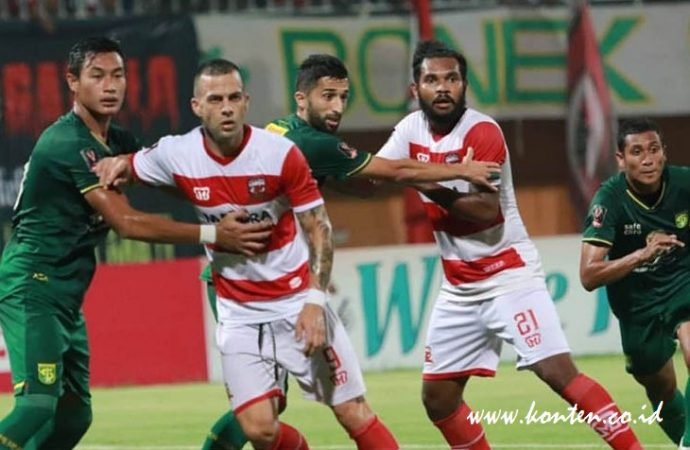 Pertandingan Persebaya VS Madura United Ditunda