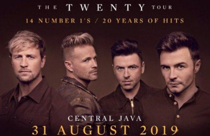 Konser Westlife The Twenty Four Live di Borobudur